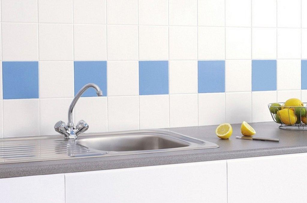 Casas cocinas mueble octubre 2014 - Pintura azulejos colores ...