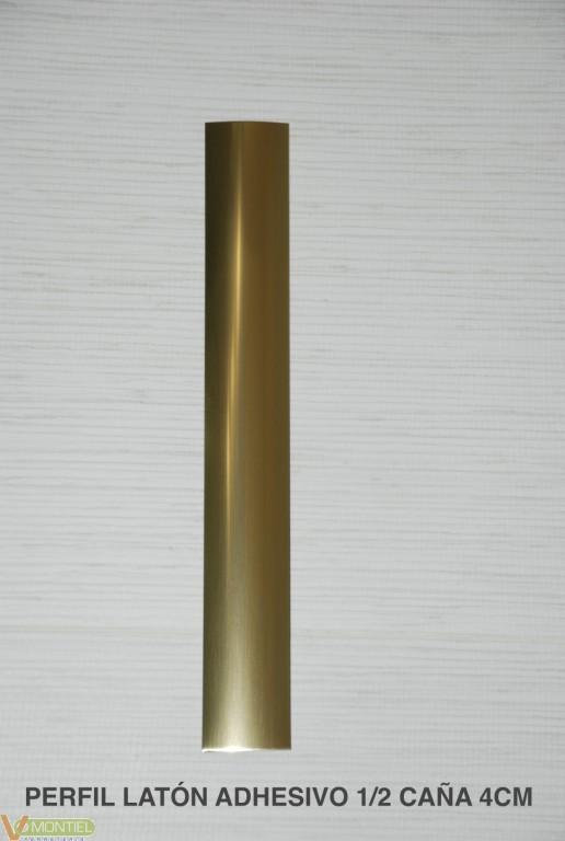 Pletina perf 1/2c adh 83x4cm i-0