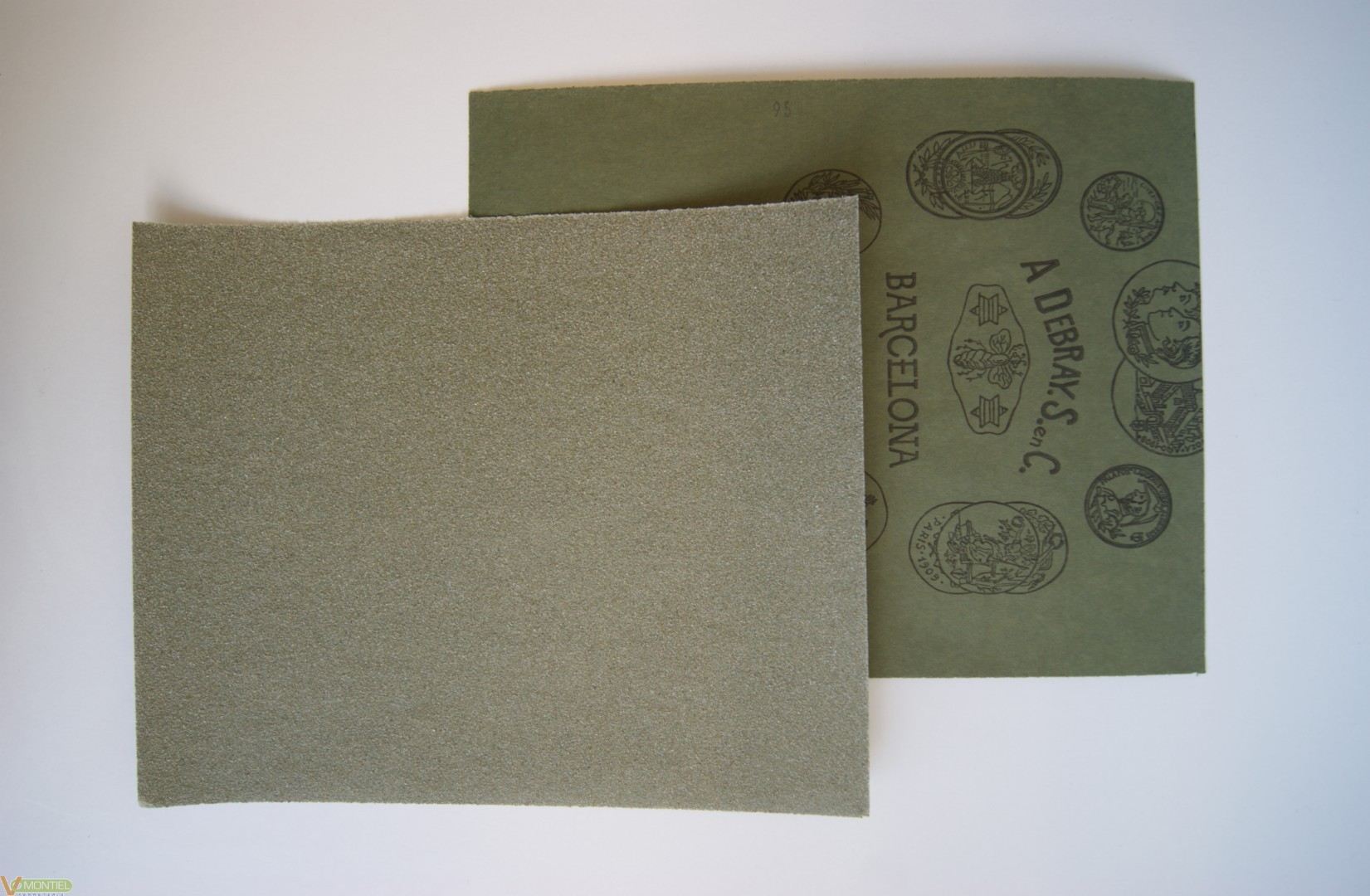 Lija papel 230 mm x 280 mm-0