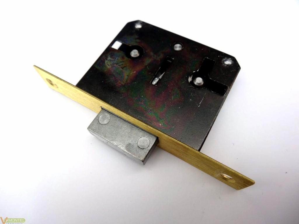 Cerradura mad.emb. 25mm 205-25-0
