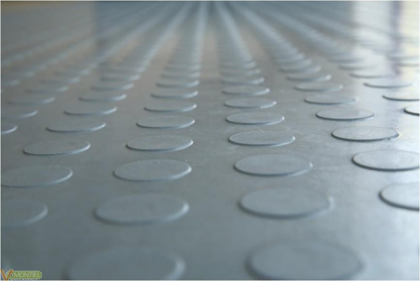 Pavimento suelo 1mtx10mtx3mm c-0