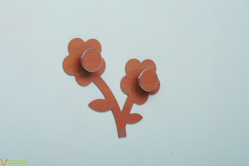 Perchero pared forma flor 31x5-0