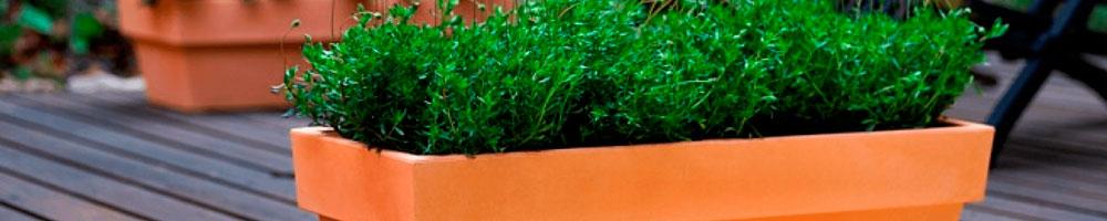 jardineras de madera son la solución más elegante para su terraza