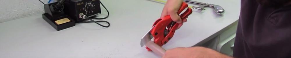 alicates de corte para cortar tubos de plástico o metal