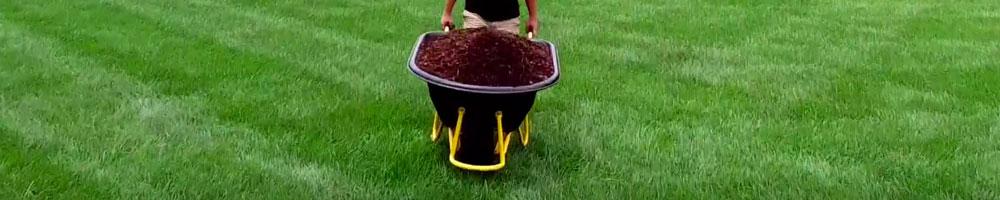 carretilla de mano para trabajos de jardinería y construcción